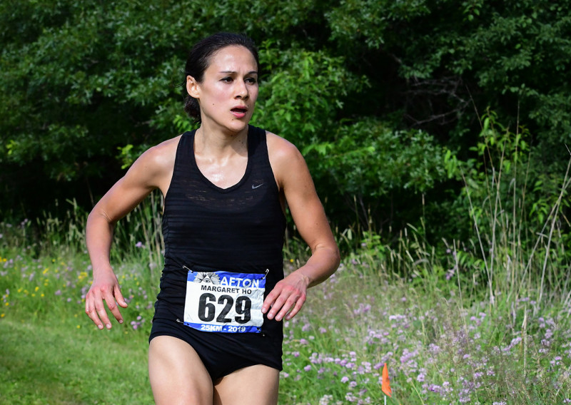Margaret Ho EnRoute to the 25K Win in 2019 - Photo Credit Evan Roberts