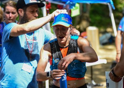 Sara Conrad Cools Off EnRoute to the 50K Win in 2019 - Photo Credit David Markman